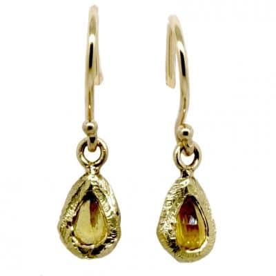 Hook Sapphires